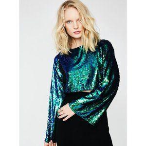 'Gazin' Looks' sequin bell sleeve crop top
